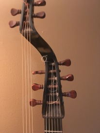 lute guitar extension